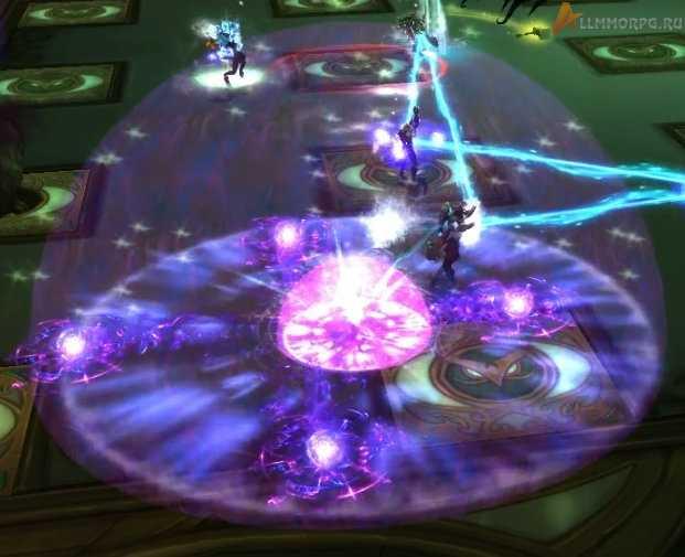 При столкновении с игроком сфера делится на несколько частей